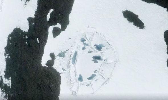 Extraña estructura similar a un castillo emerge en la Antártida: prueba de antigua civilizació