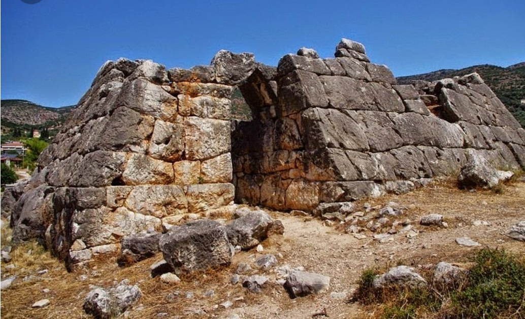 LA PIRÁMIDE HELLINIKON DE GRECIA: UN MISTERIO PARA LA CIENCIA