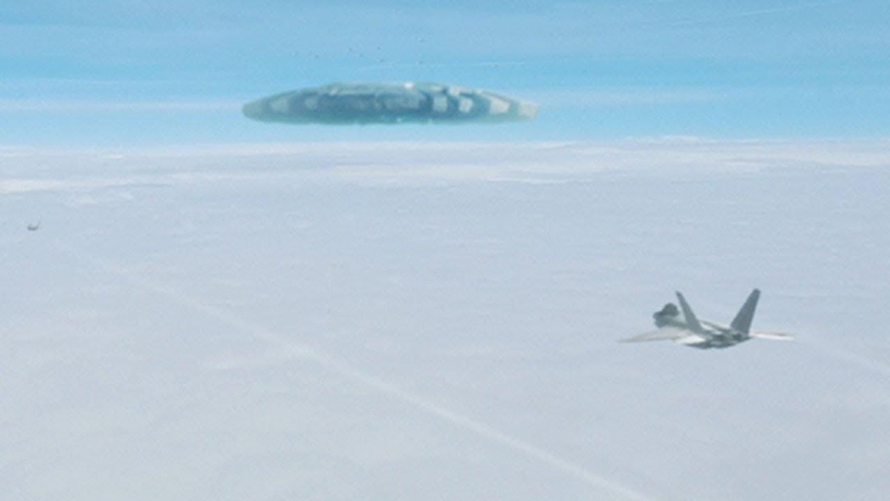 MASSIVE UFO in the sky – USA (CGI)