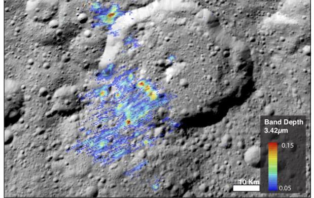 Un nuevo estudio descubre concentraciones de moléculas orgánicas, los ladrillos de la vida, de hasta el 50% en la superficie de Ceres