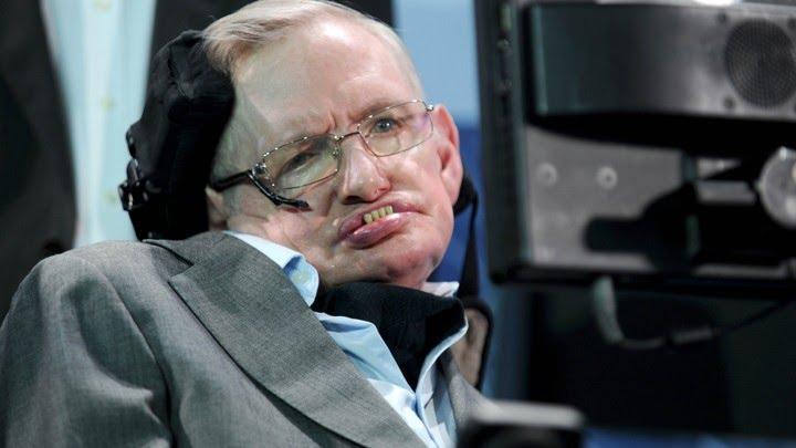 La última teoría de Stephen Hawking: hay otros universos similares al nuestro y no infinitos