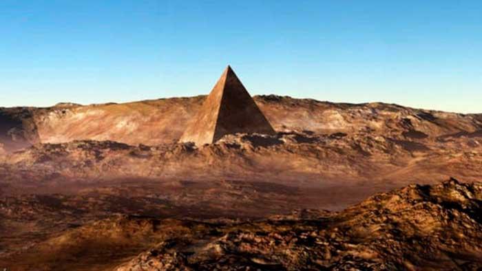 Sale a la luz otra imagen de una Pirámide en Marte, ¿construcción artificial o accidente natural?