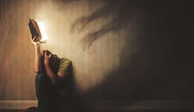 Estás siendo acosado por entidades oscuras?