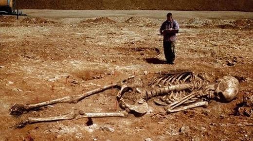 El Instituto Smithsonian admite haber hecho desaparecer esqueletos de lo que la biblia llama nefilim
