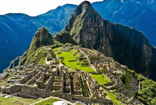 Extraña alineacion a nivel mundial de antiguas construcciones