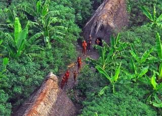 Los macuxies del amazonas recorrian 15 dias bajo tierra hasta el otro mundo
