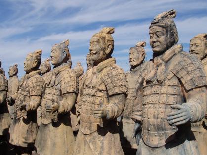 10 civilizaciones ANCESTRALES con supuesta TECNOLOGÍA AVANZADA que algunos conoces pero otros NO