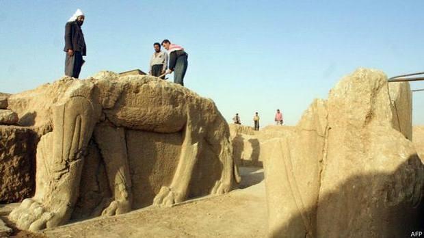 DESTRUCCIÓN DE EVIDENCIA ANUNNAKI: Cómo Estado Islámico arrasa Nimrud, capital del primer imperio mundial