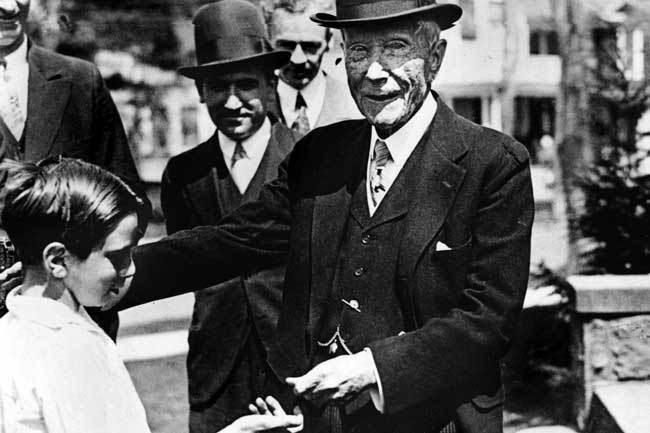 Rockefeller y el asesinato de masas.