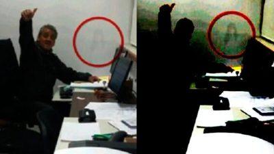 Le toman una foto en su trabajo y aparece algo aterrador