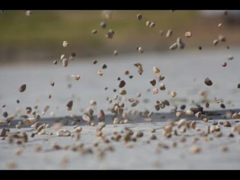 """El raro fenómeno de la """"Lluvia de Piedras"""""""