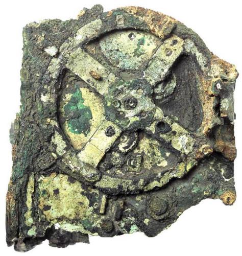 Máquinas en la historia: la máquina de vapor egipcia y el mecanismo de Antikythera