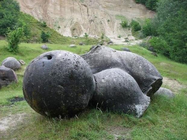 Trovant. Las piedras que crecen y se reproducen