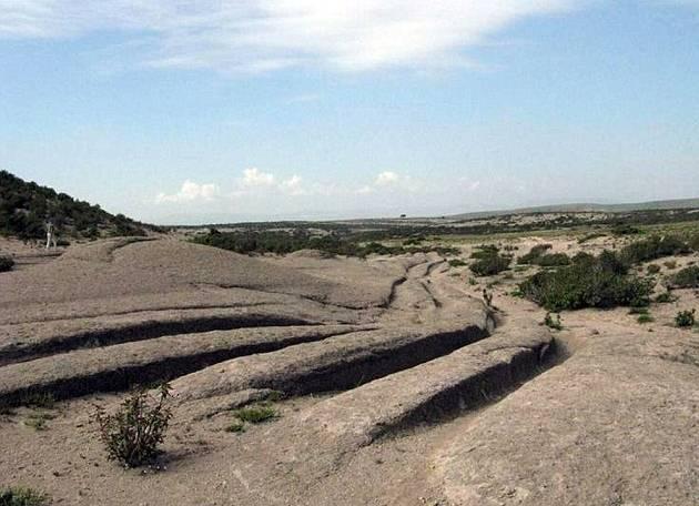 ¿Acaso una civilización ancestral condujo tanques sobre Turquía hace 14 millones de años?