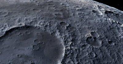 Hallan una misteriosa y enorme masa metálica enterrada en la Luna