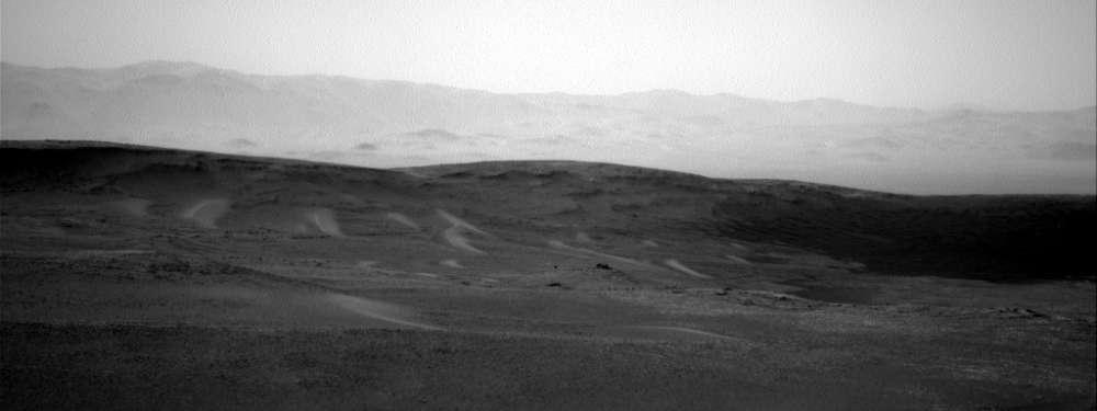 Curiosity revela una extraña luz brillante en Marte