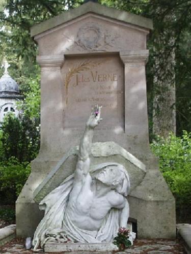Julio Verne. Pero, ¿Sabemos realmente quién era Julio Verne?
