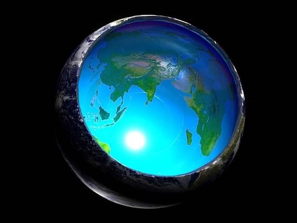 Los secretos de la Tierra Hueca