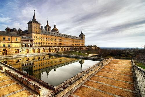 Puertas Del Infierno En El Escorial...