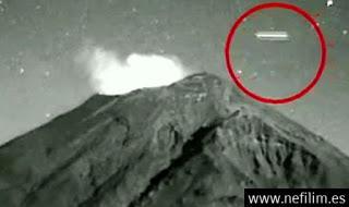 ¿Qué Son Esas ExtrañAs Luces Que Flotan Sobre El Volcan Mexicano? Cazadores De Ovnis Dicen Que PodríAn Ser Extraterrestres Que Vigilan La Tierra