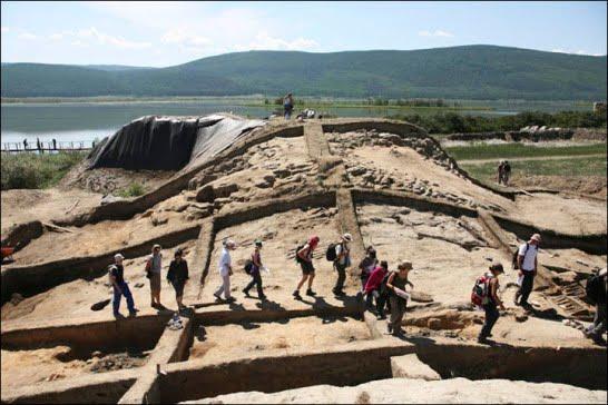 Por Bazhyn : Las enigmáticas ruinas de Siberia