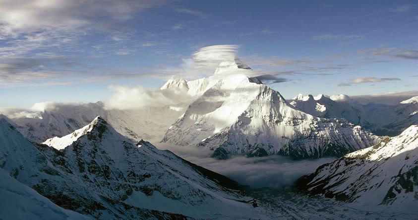 ¿Cómo llegó una potencial «arma radioactiva» de la CIA a lo más alto del Himalaya?