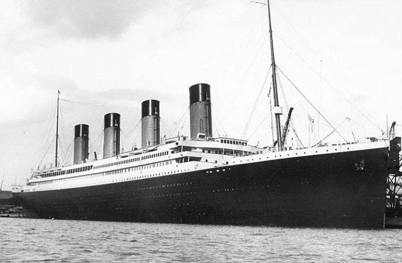 7 historias poco heroicas de gente que se salvó del Titanic