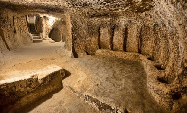 Descubren en Turquía una Ciudad Subterránea con 5000 Años de Antigüedad