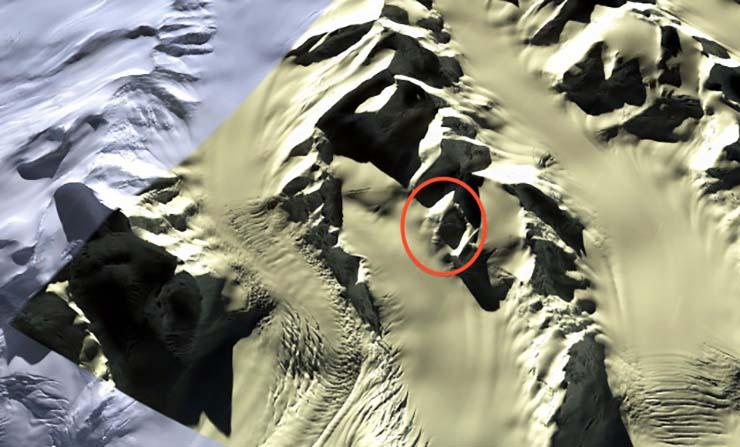 Descubren una gigantesca cara extraterrestre en la Antártida