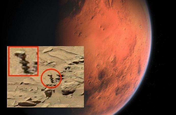 MARTE, fotografió «Alien Statue» en el planeta rojo !!Podría ser evidencia de existencia extraterrestre
