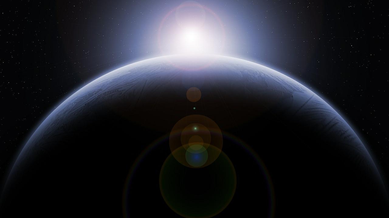 Resplandor fluorescente en el universo podría ser signo de vida alienígena