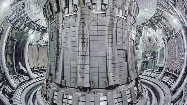 El JET, la máquina más grande del planeta que imita a las estrellas para obtener energía, comienza sus experimentos después de 22 meses de parón