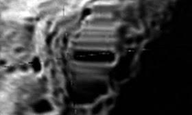 Estructuras inusuales detectadas en el lado oscuro de la Luna.