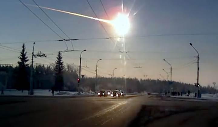 Muchos pequeños asteroides pasarán cerca de la Tierra esta semana
