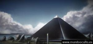 ¿Historia Prohibida? Libro del año 1.700 detalla una misteriosa Cuarta pirámide Negra en Giza