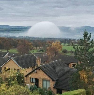 Extraño Fenómeno de una Cúpula/de Niebla aparece en Rhyl – Reino Unido.
