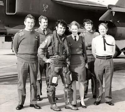 Comandante de Ala de la Real Fuerza Aérea narra el avistamiento de OVNIs en la base de la RAF