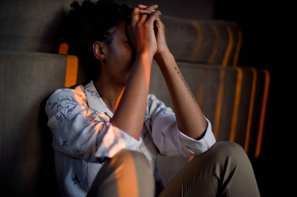 El estrés es el conjunto de alteraciones del cuerpo y la mente que resultan de una actividad intensa y sostenida de nuestros sistemas nervioso y endocrino.