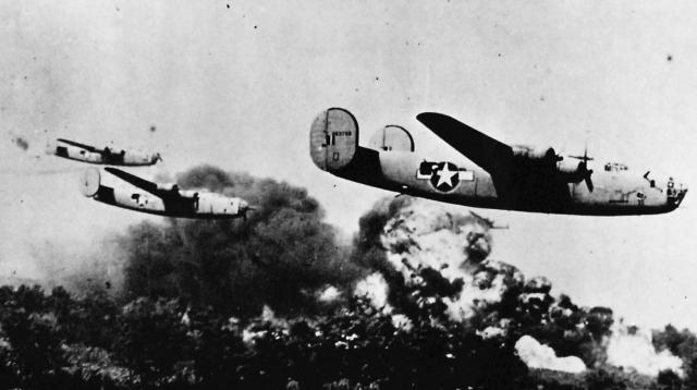 """Luces rojas y alas voladoras: un inusual """"Informe Foo Fighter"""" sobre el Pacífico"""