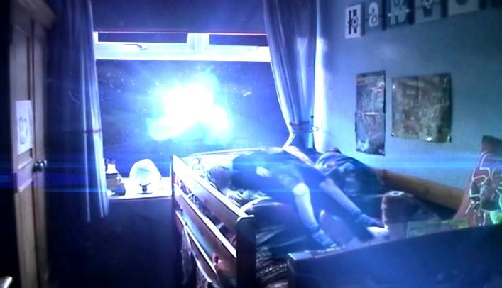 Parálisis del sueño o abducción alienigena?