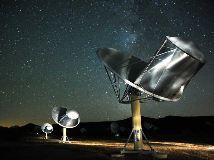 Las civilizaciones extraterrestres pueden haber explorado la galaxia y visitado la Tierra ya, según un nuevo estudio.  No los hemos visto recientemente.