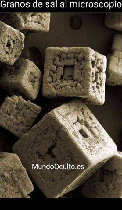 Granos de sal vistos al microscopio