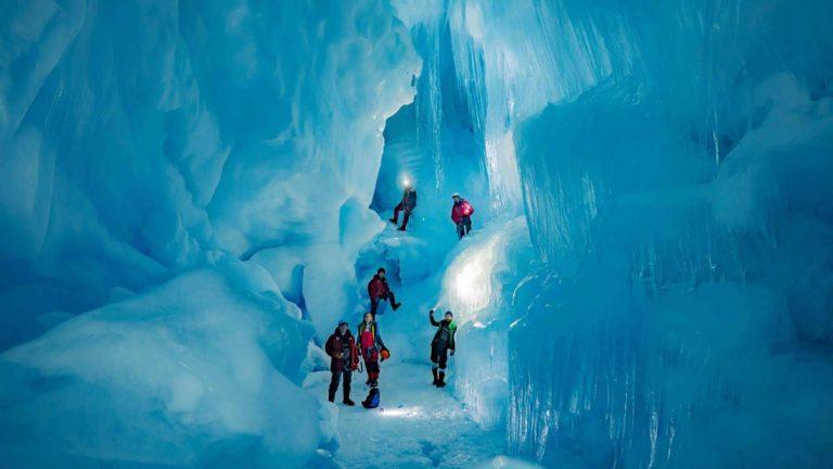 Descubren el sitio más hondo de la Tierra y está en la Antártida.
