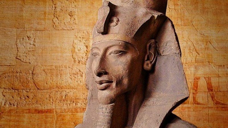 Divinidades y extraterrestres en el antiguo Egipto