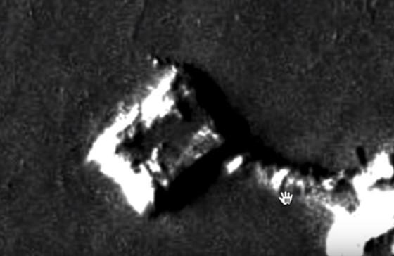 MARTE, antigua base alienígena con pirámide y túnel que se encuentra en la región de Olympus Mons