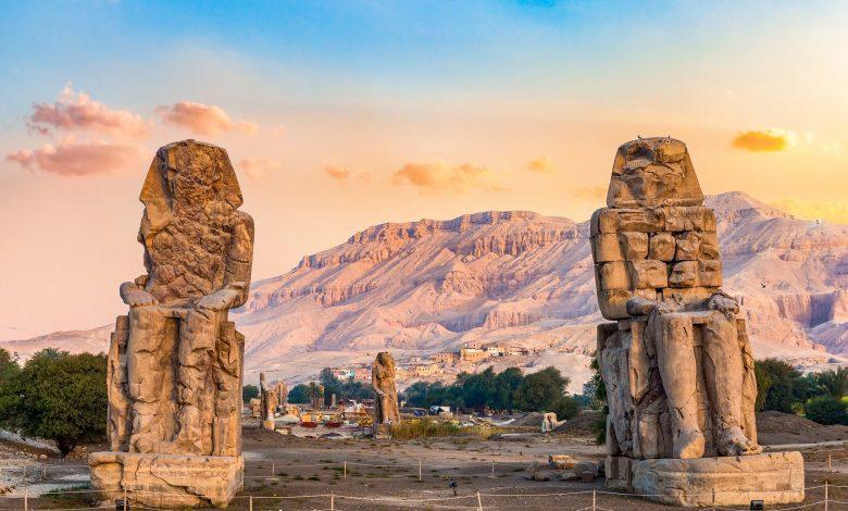Una imagen de los colosos de Memnon. Shutterstock