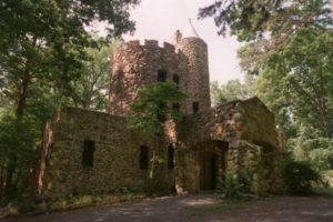 La Leyenda Y Los Fantasmas Del Castillo De Gimghoul