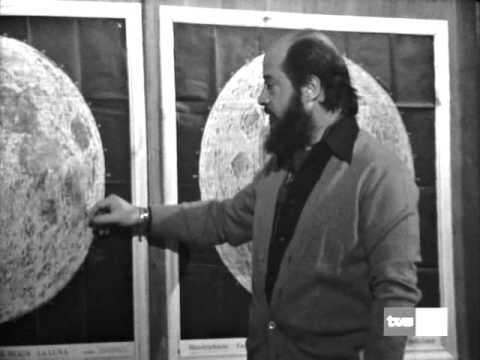 La Luna es Hueca (completo)