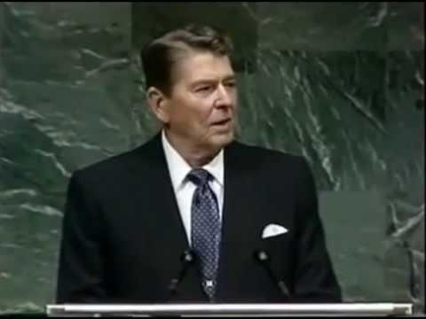 Ronald Reagan pidió ayuda a Mijaíl Gorbachov para luchar contra una invasión extraterrestre