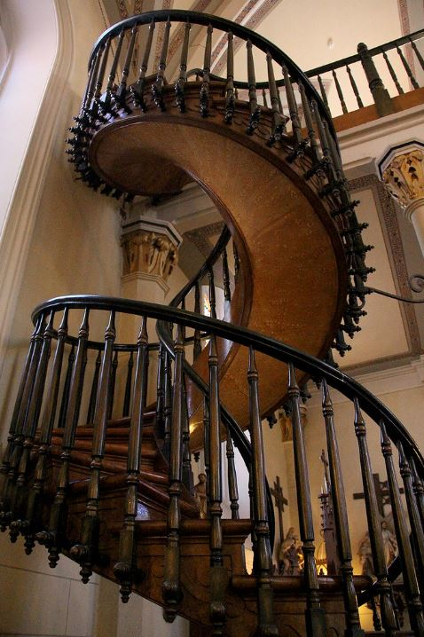Escalera Capilla Loretto